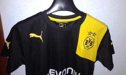 Vendo t-shirt da calcio del Borussia Dortmund – abbigliamento usato Latina